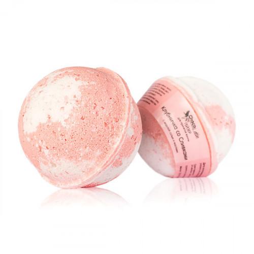 Гейзер (бурлящий шарик) для ванн CHOCOLATTE «Клубничка со сливками» с морской солью и маслами, 120 г